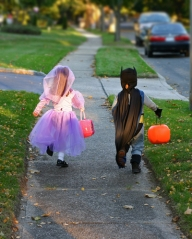 trick-or-treaters2 safe kids new jersey